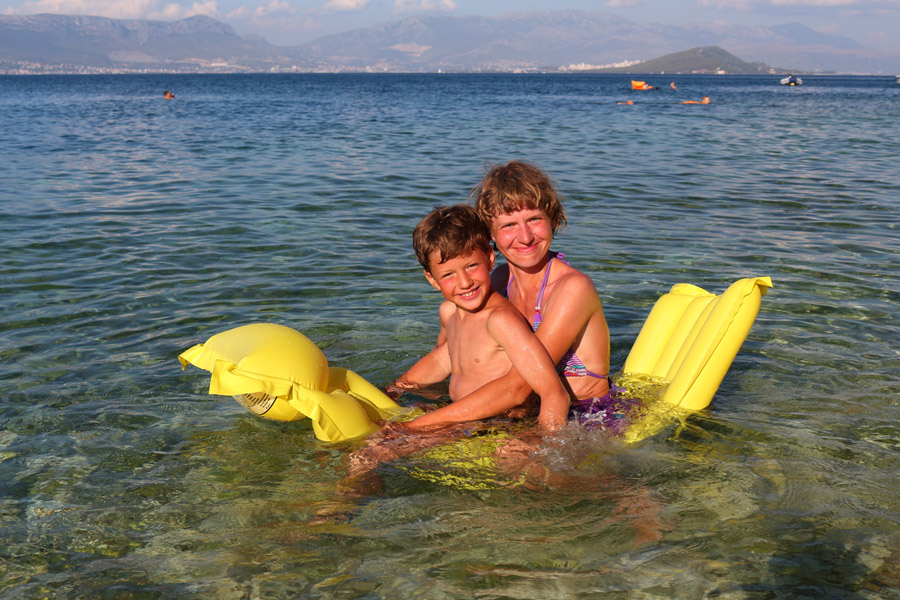 Остров Ciovo, Slatine, на матрасе