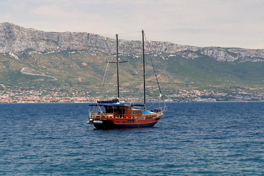Остров Ciovo, Slatine, яхта