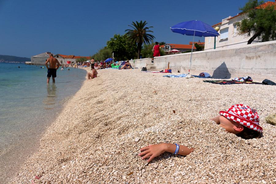 Kastel Stari, пляж