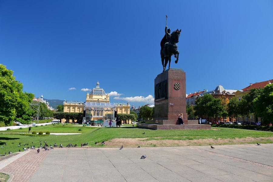 Загреб, площадь короля Томислава